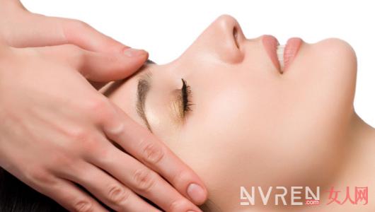 秋冬季皮肤干燥怎么办 敏感肌肤用什么护肤品