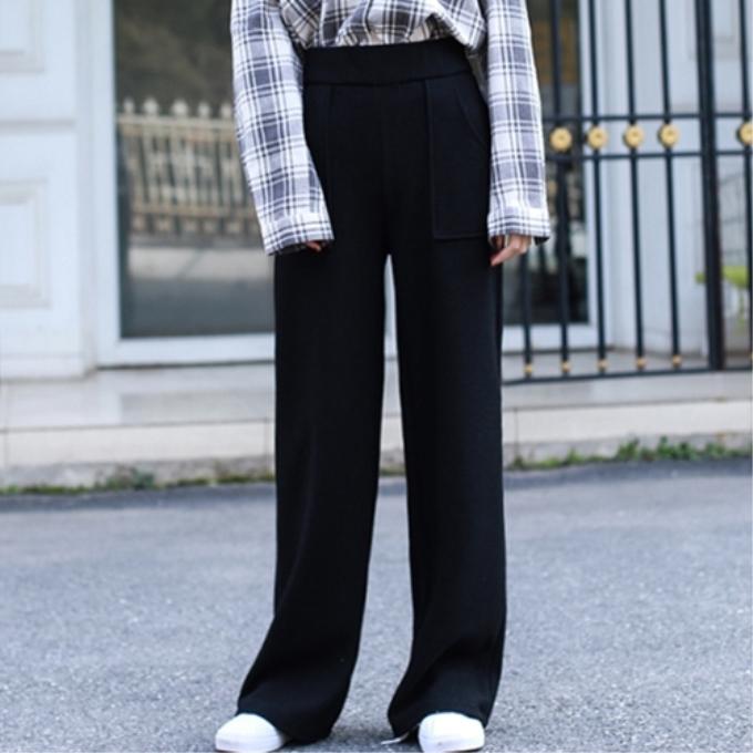 阔腿裤选的好,就是冬季遮肉神器,潇洒出街