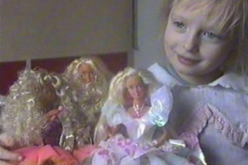 真人芭比娃娃整容前后