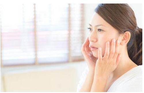 脸部下垂怎样提升和紧致皮肤最快的方法