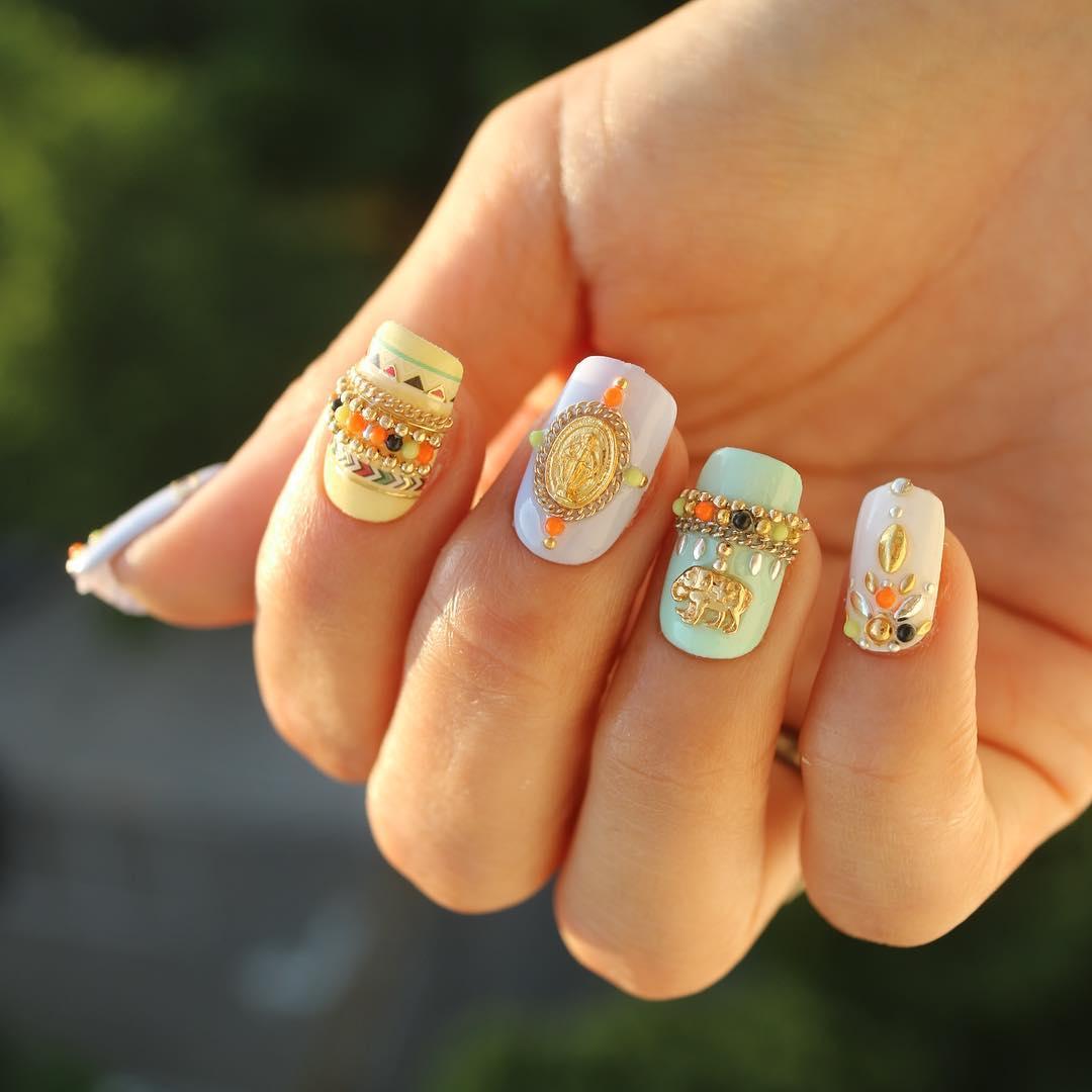 指甲彩绘流行图案 5种不同的指甲彩绘风格