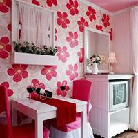 家具装饰 花朵壁纸展现柔美情怀