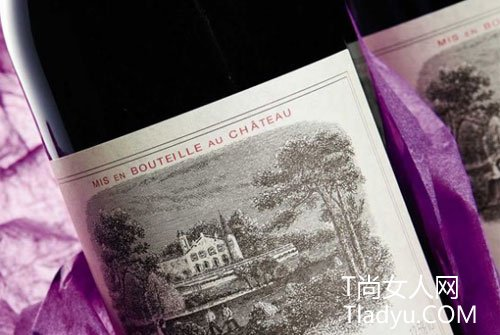 拉菲堡葡萄酒 香港拍出近540,000美金