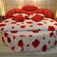 超赞!8款情侣圆床打造温馨家居