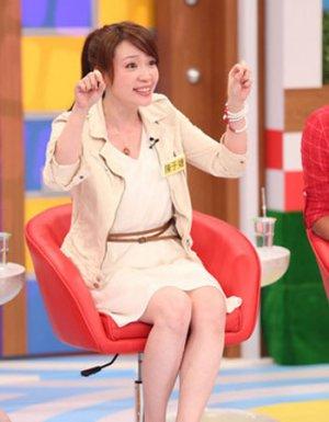 台湾艳星于婕长相甜美 有人曾帮他介绍小11岁弟弟