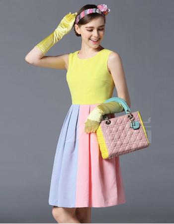 无袖背心款式连衣裙 夏季引领潮流新走向