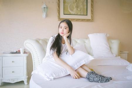嫁到中国的日本女人  日本女人洞房伺候老公