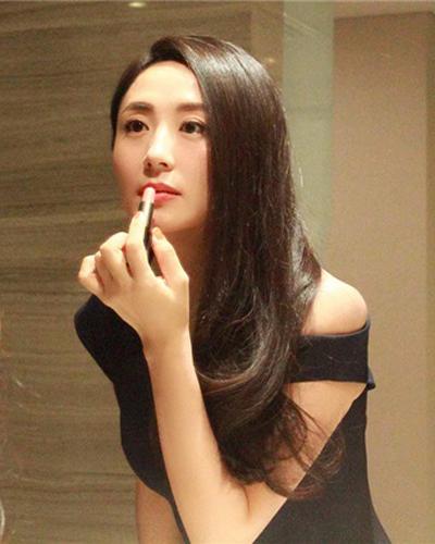 演员杨童舒的丈夫是谁  杨童舒的丈夫及孩子