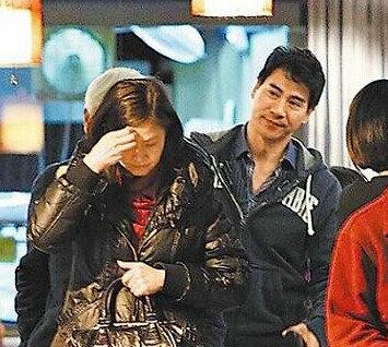 翁家明俞小凡