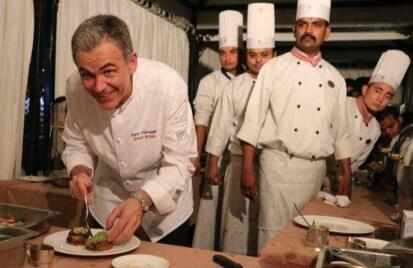 英国王室难伺候?英国王室厨师集体辞职