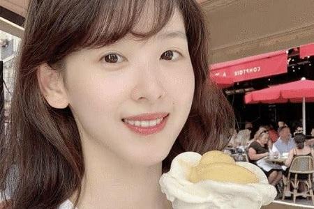奶茶妹妹变冰淇淋妹妹 章泽天开启留学生活重现经典造型