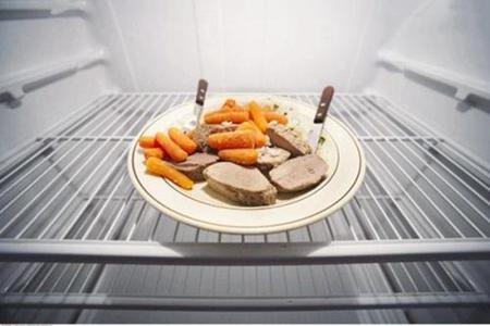 这3个疾病危害隔夜菜引起得 隔夜菜到底能不能吃